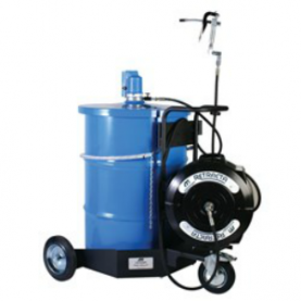 Blue Drum with Macnaught retracta hose system
